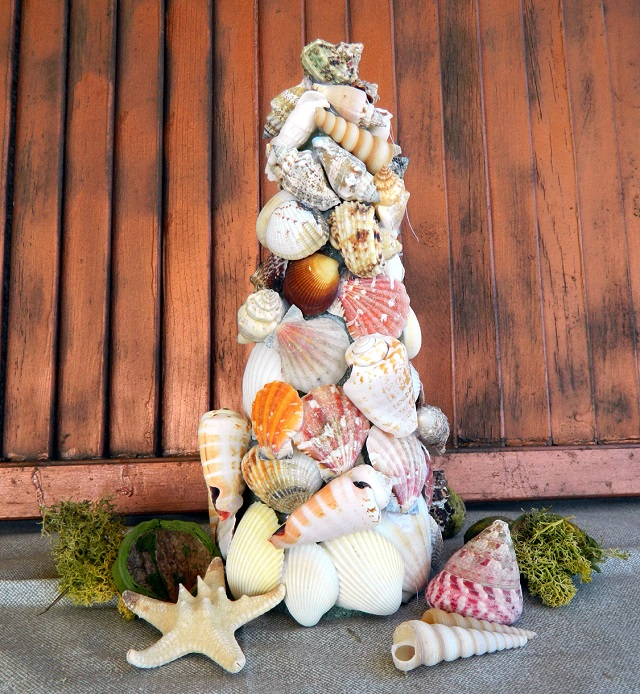 Elle Decor Christmas tips and suggestions Elle Decor Christmas tips and suggestions Elle Decor Christmas tips and suggestions Ballard Designs Seashell Tree 5