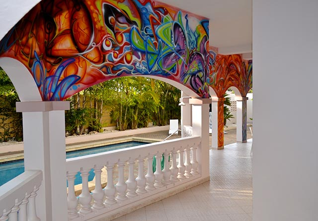 10 amazing decorating ideas for home with graffiti