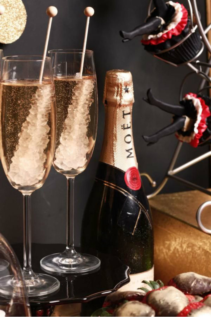 Ideas for New Year Eve Party | Modern Home Decor