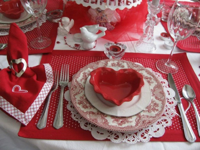 modern-home-decor-valentines-day-dinner-decoration Table Inspiration Ideas