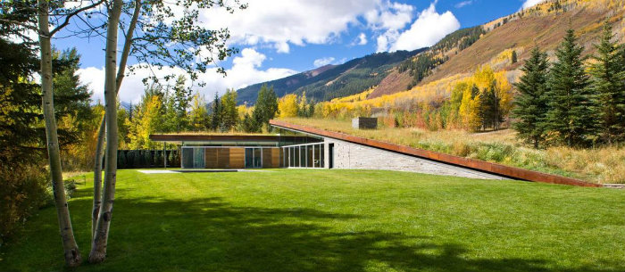 The Example of Contemporary Architecture in Colorado The Example of Contemporary Architecture in Colorado The Example of Contemporary Architecture in Colorado modern home decor The Example of Contemporary Architecture in Colorado sustainable home landscaped roofs