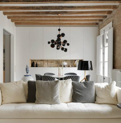 This Apartment Brings Contemporary Style to Medieval Barcelona
