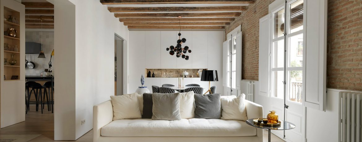 This Apartment Brings Contemporary Style to Medieval Barcelona contemporary style This Apartment Brings Contemporary Style to Medieval Barcelona This Apartment Brings Contemporary Style to Medieval Barcelona f