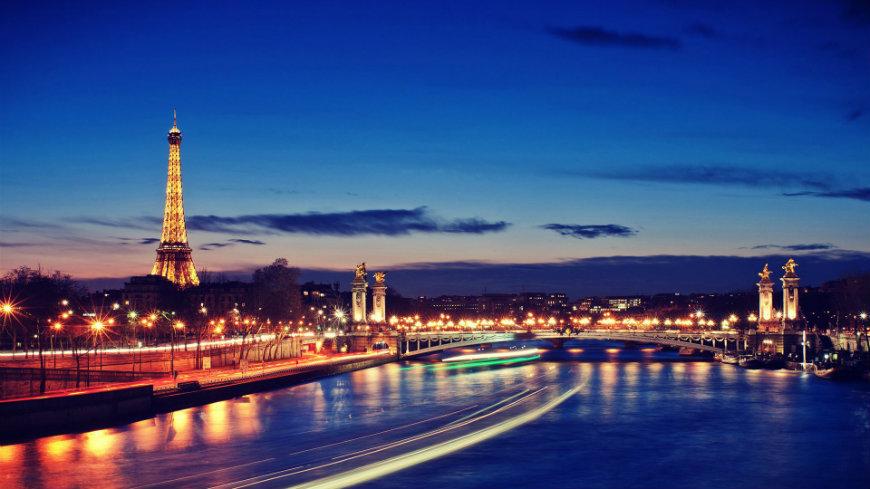 maison et objet Maison et Objet: Paris City Guide for Design Lovers paris by night featured maison