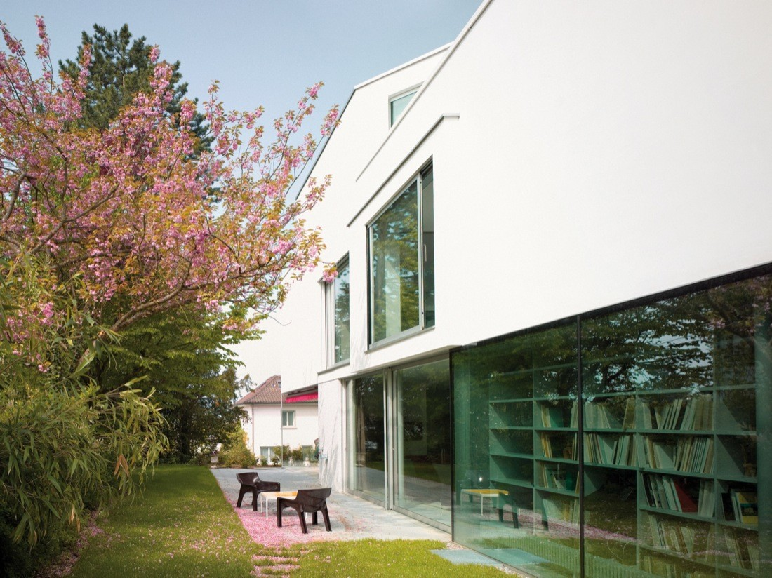 """This Minimalist-House Proves Why """"Less is More"""" minimalist house This Minimalist House Proves Why """"Less is More"""" This Minimalist House Proves Why    Less is More    4"""