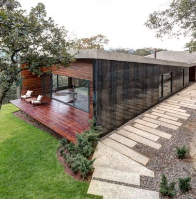 Around the World: Discover this Modern House in Tapalpa, Mexico modern house Around the World: Discover this Modern House in Tapalpa, Mexico Around the World Discover this Modern House in Tapalpa Mexico 4 405x410