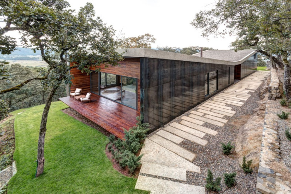 Around the World: Discover this Modern House in Tapalpa, Mexico modern house Around the World: Discover this Modern House in Tapalpa, Mexico Around the World Discover this Modern House in Tapalpa Mexico 4