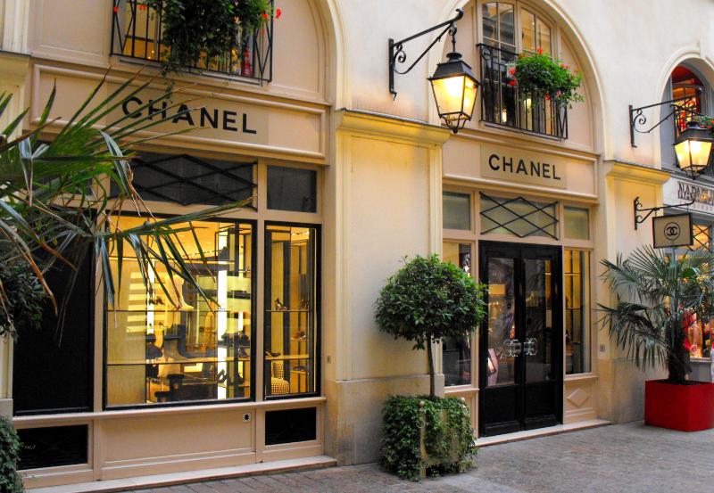 Top 7 French Luxury Brands Top 7 French Luxury Brands Top 7 French Luxury Brands canva photo editor 14