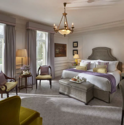 10 Luxury Hotels In London You Shouldn't Miss