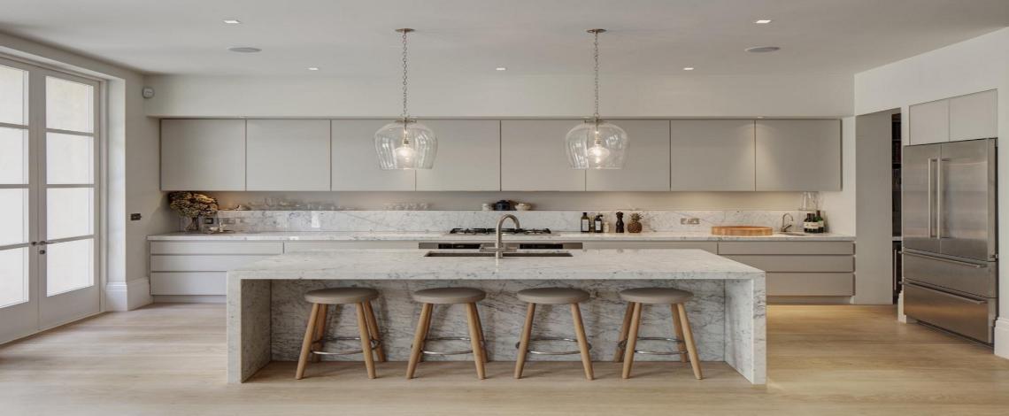 10 Gorgeous Grey Kitchens