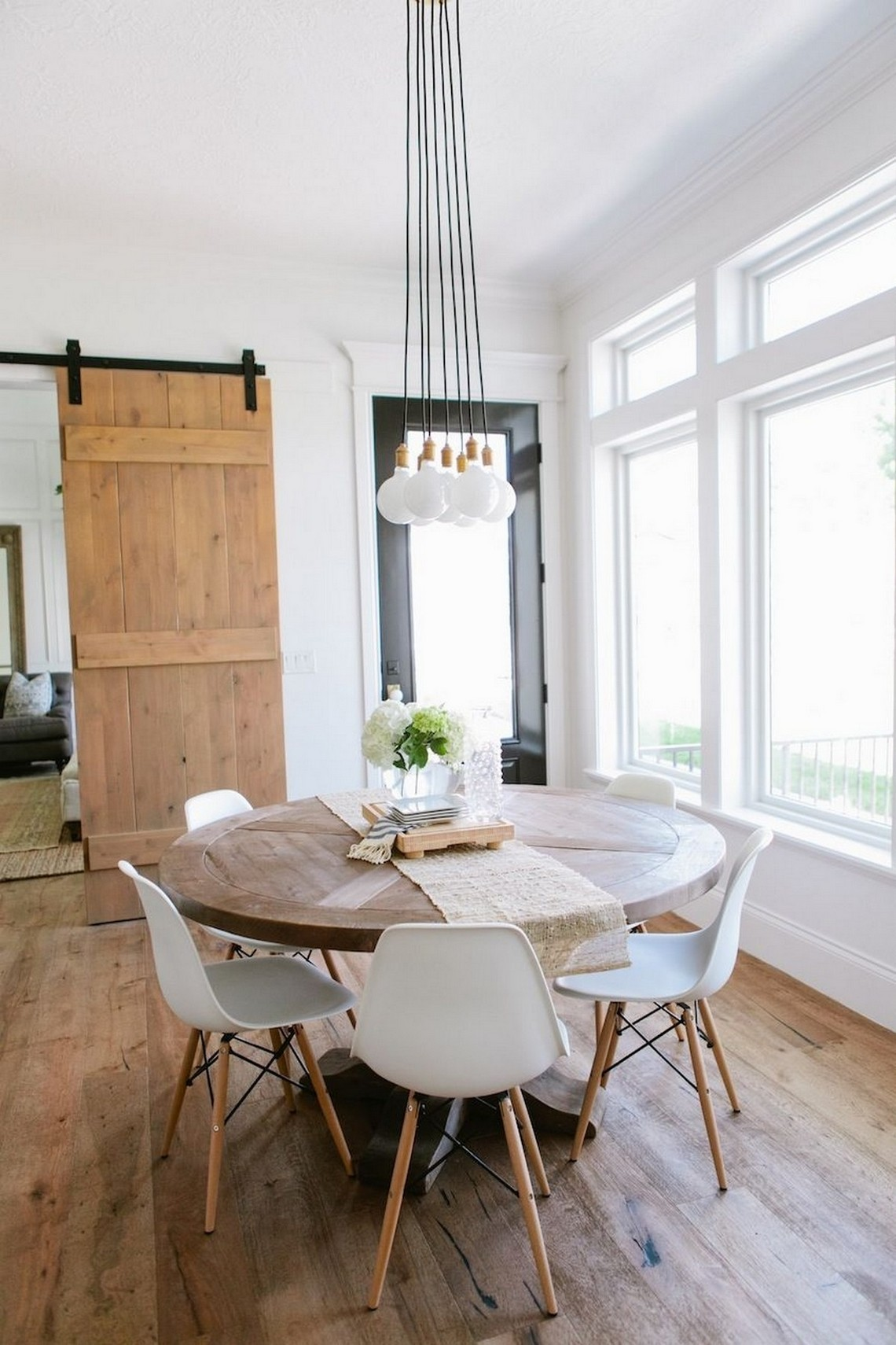 Modern Dining Room Inspirations To Look Out For In 2019 modern dining room Modern Dining Room Inspirations To Look Out For In 2019 2 1