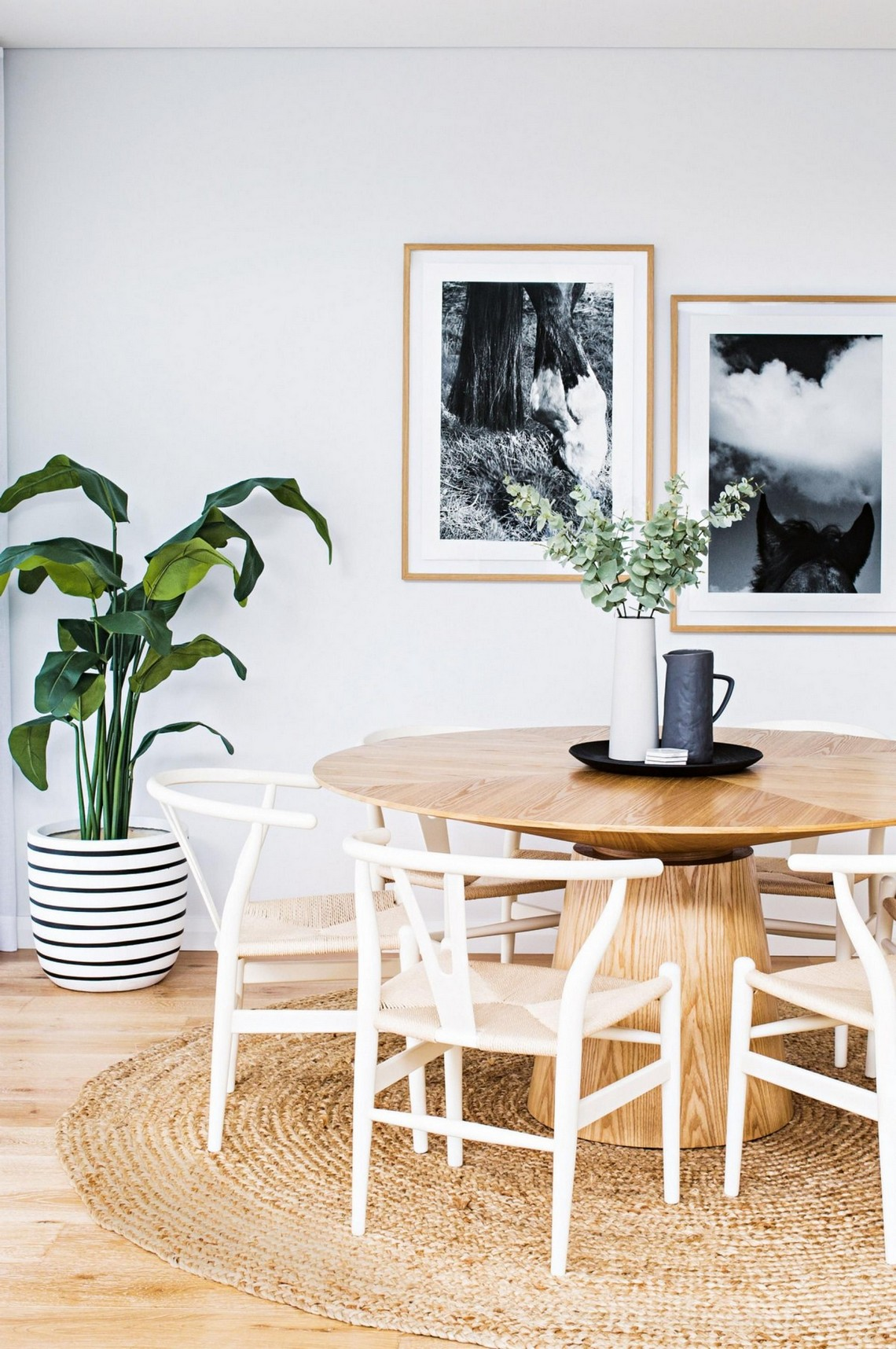 Modern Dining Room Inspirations To Look Out For In 2019 modern dining room Modern Dining Room Inspirations To Look Out For In 2019 4 1